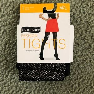 No nonsense fishnet tights